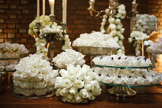 decoracao branca casamento:Laís Aguiar